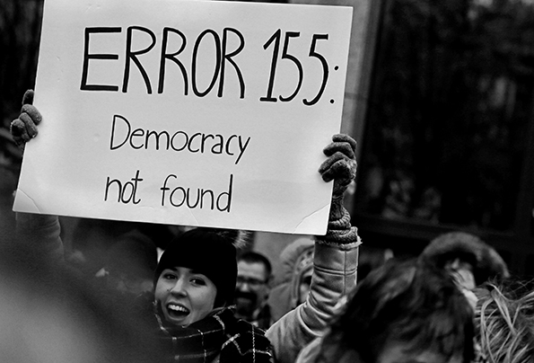 Demokrati i kläm